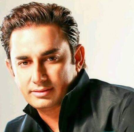 Saeed Ajmal Stunning Look