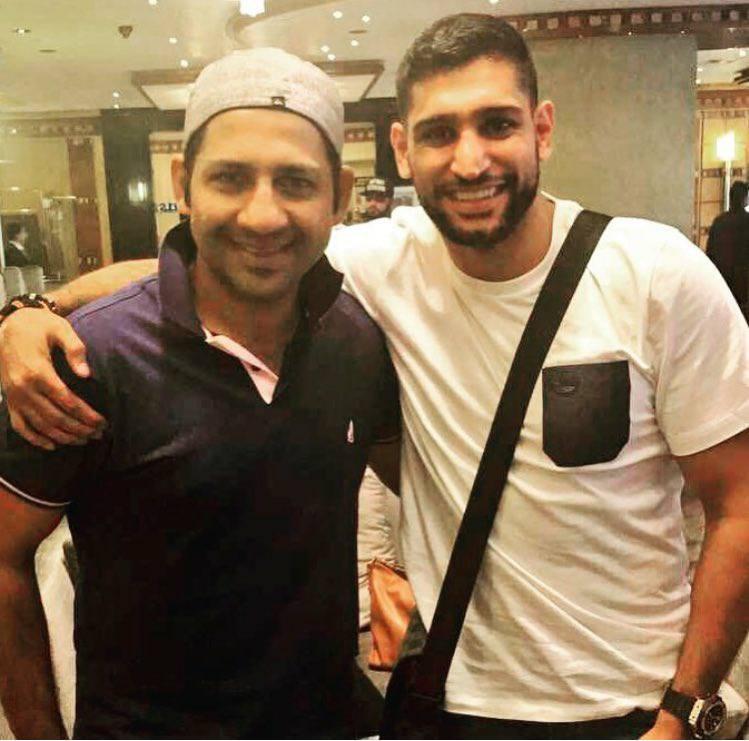 Sarfaraz Ahmed With Boxer Amir Khan