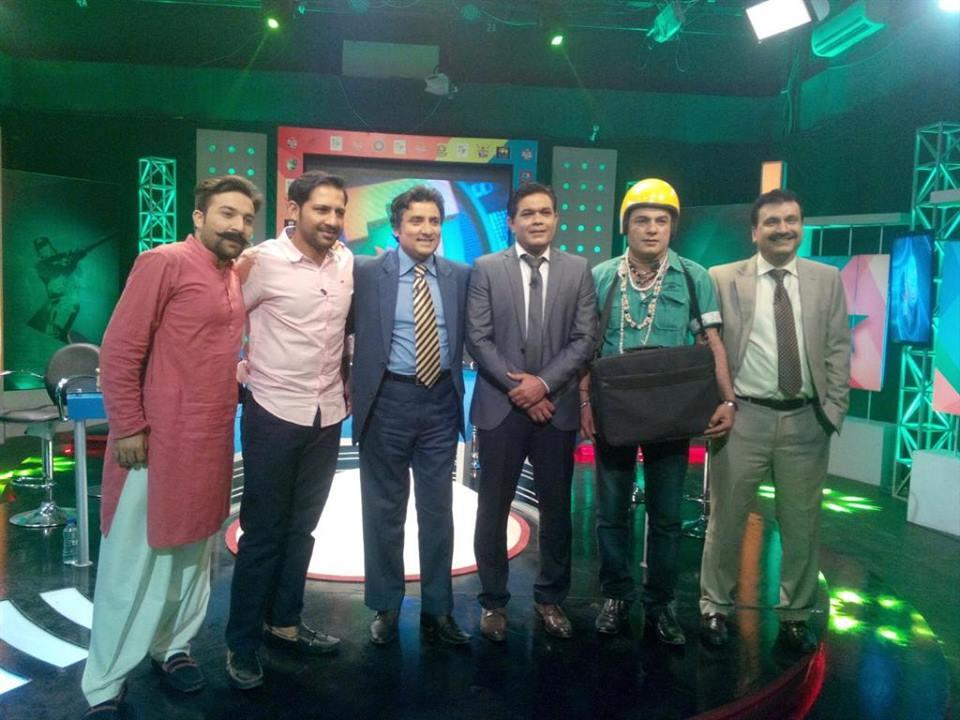 Sarfaraz In Show Josh Jaga Dey