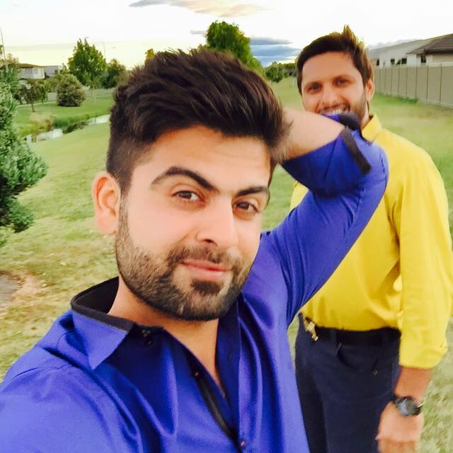 Shahid Afridi And Ahmed Shehzad Enjoying Weather Of New Zealand