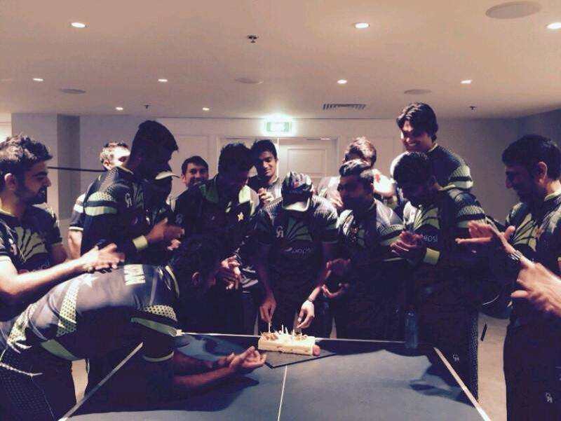 Shahid Afridi Celebrates His Birthday After Win