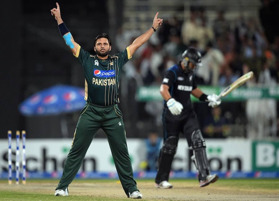 Shahid Afridi Has Become The Fifth Highest Wicket Taker Bowler in ODI