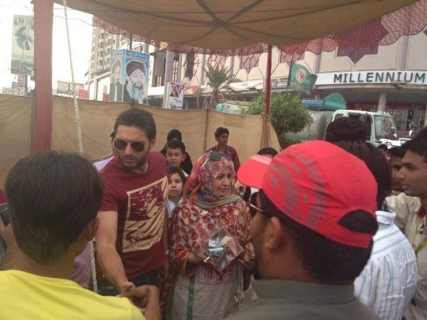 Shahid Afridi To Visit Tharparkar