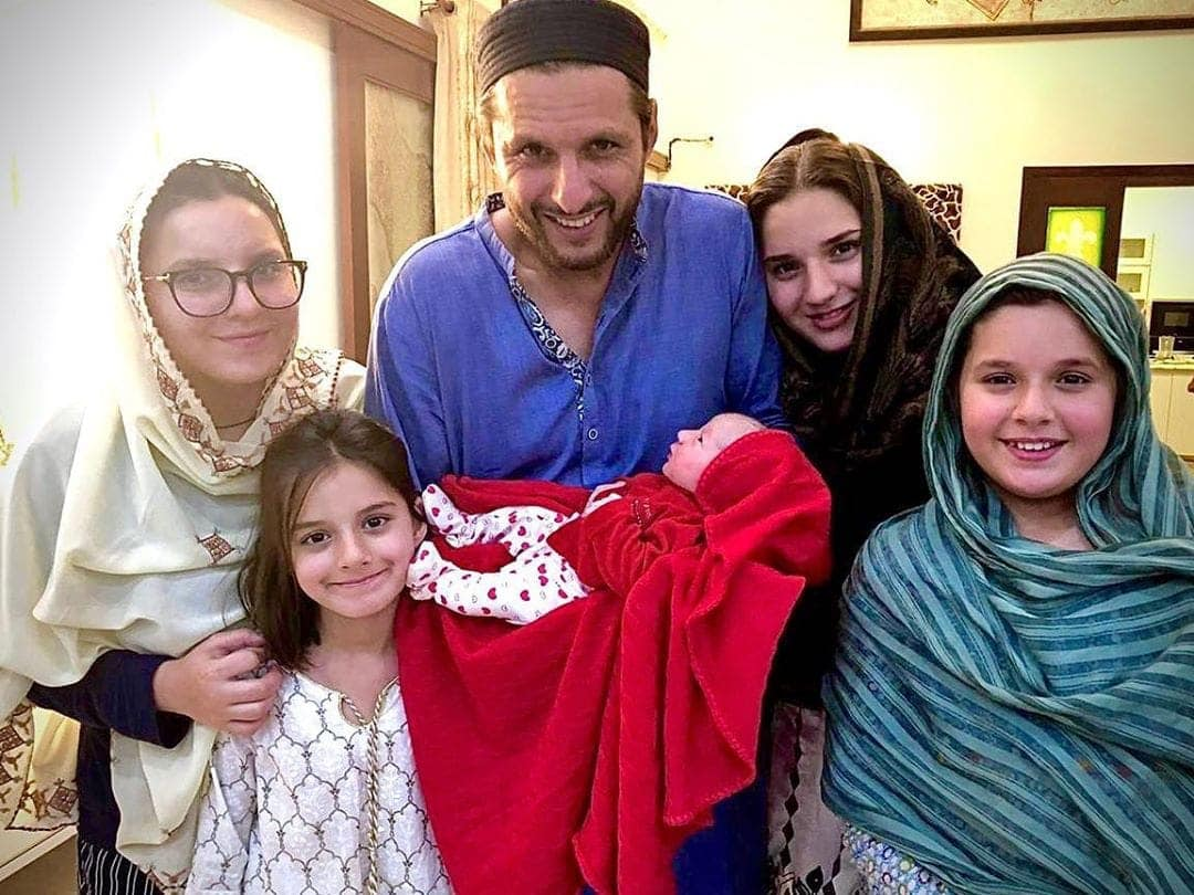 Shahid Afridi Welcomes His Newly Born Daughter