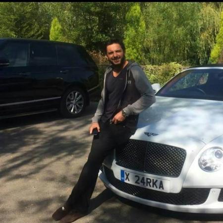Shahid Afridi With His Car Bentley