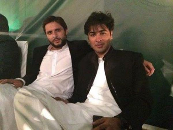 Shahid Afridi With Shehzad Roy At Event Youm-e-Shuhada