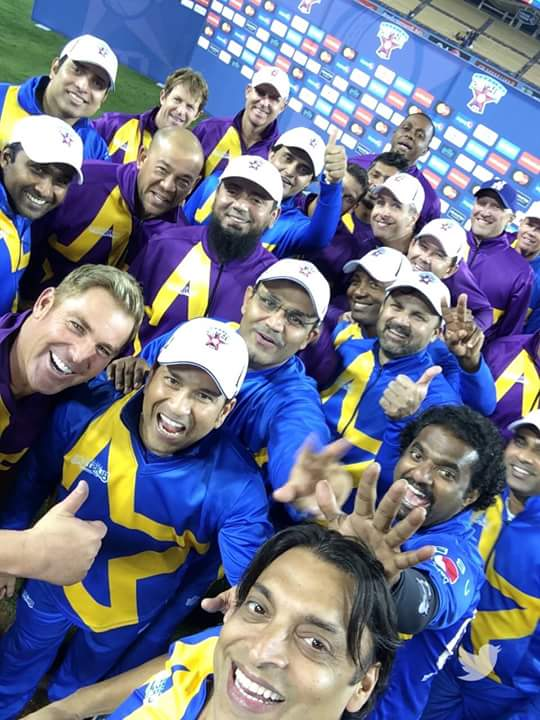 Shoaib Akhtar Takes The Biggest Cricket Selfie Ever