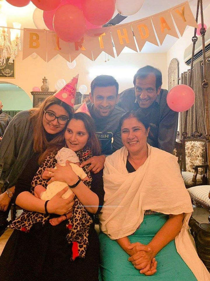 Shoaib Malik Celebrating His Wife Birthday
