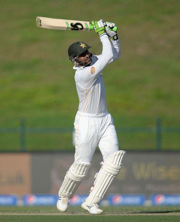 Shoaib Malik Hits An Important Century Against England