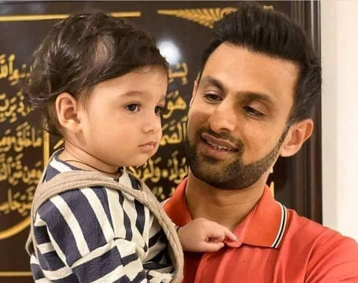 Shoaib Malik With His Son