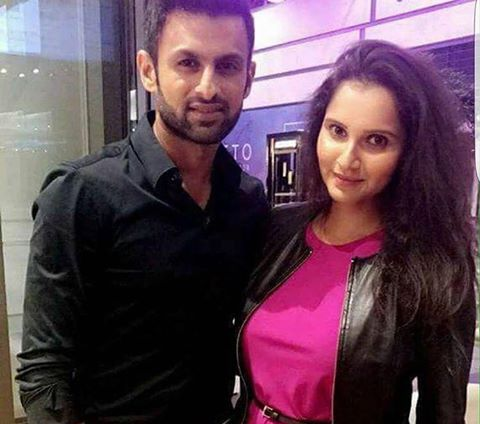 Shoaib Malik & Sania Mirza In Dubai For PSL