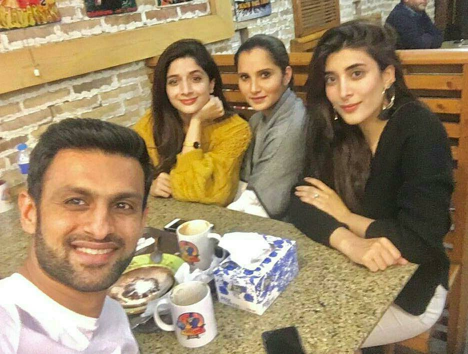 Shoaib Malik & Sania Mirza With Mawra, Urwa In Lahore
