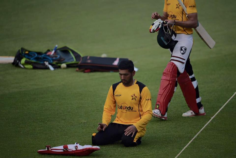 Pakistani Born Zimbabwe Cricketer Sikandar Raza Offering Namaz During Training