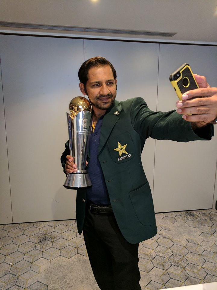 Skipper With Champions Trophy