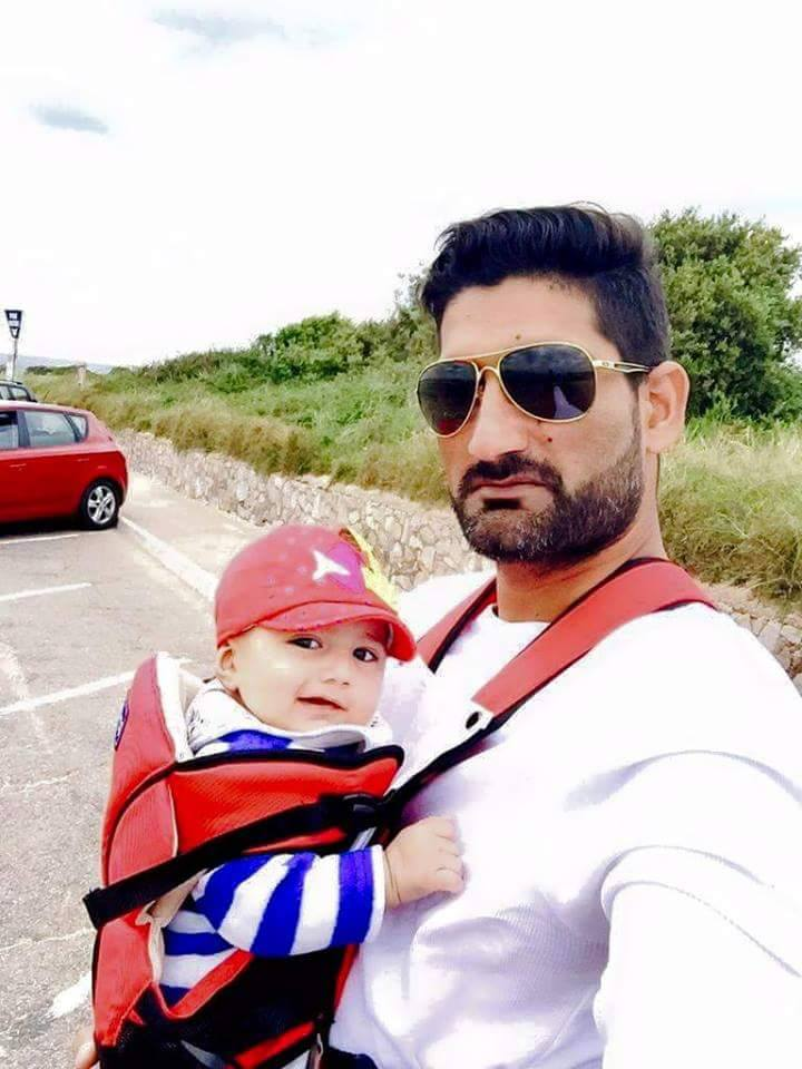 Sohail Tanvir Photo With Son