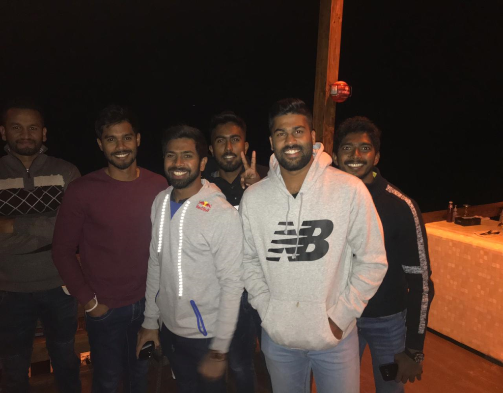 Srilankan Team Enjoying Dinner At DO Dariya