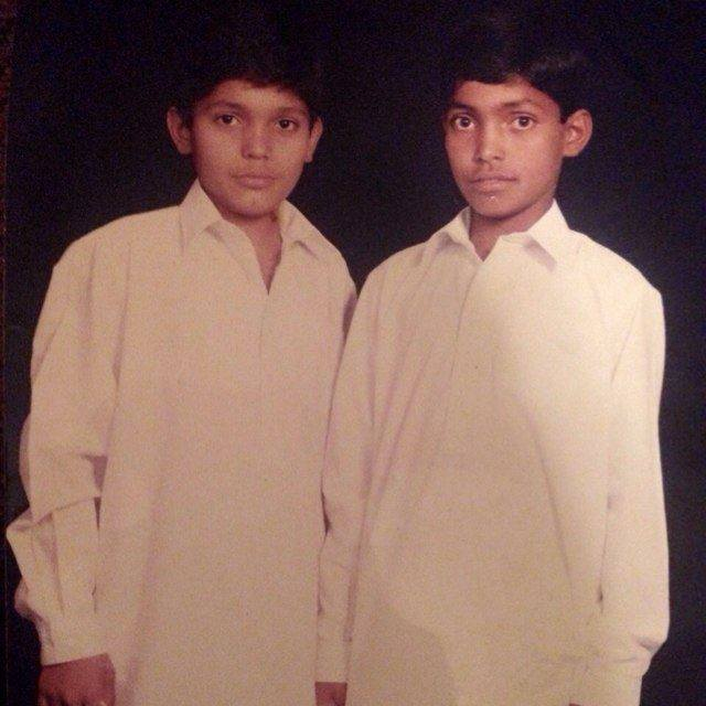 Umar Akmal Childhood Photo With Brother Rahman