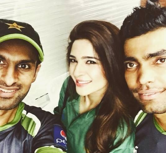 Umar Akmal, Shoaib Malik And Ayesha Umar