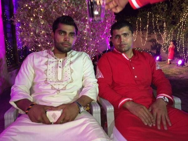 Umar Akmal With Kamran Akmal - Mehandi Pic