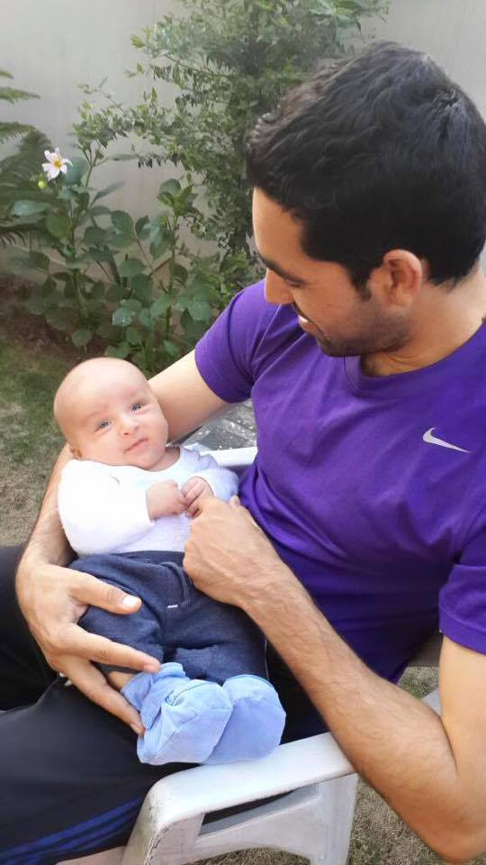 Umar Gul With His Baby Boy Latest Picture