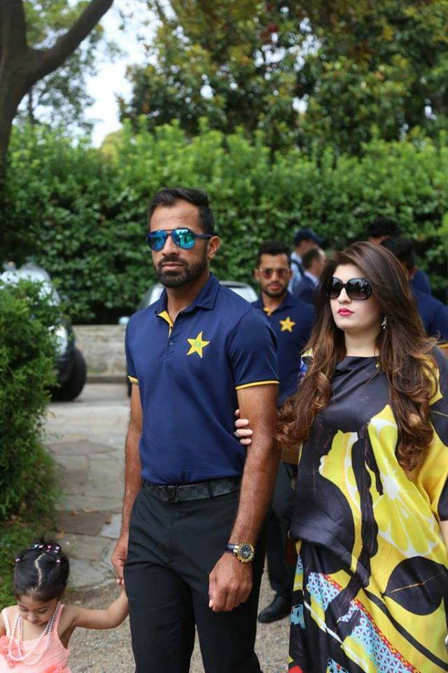 Wahab Riaz With His Wife At An Event Hosted By Australian Prime Minister