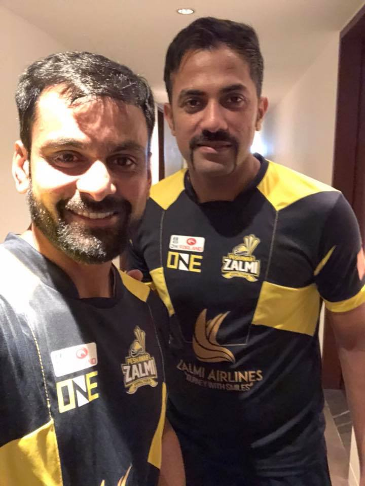 Wahab Riaz With Muhammad Hafeez Before First PSL Match