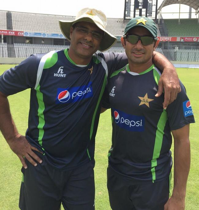 Waqar Younis With Saeed Ajmal During Practice Season