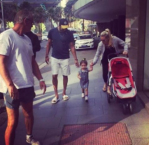 Waseem Akram With His Wife & Daughter In Sydney