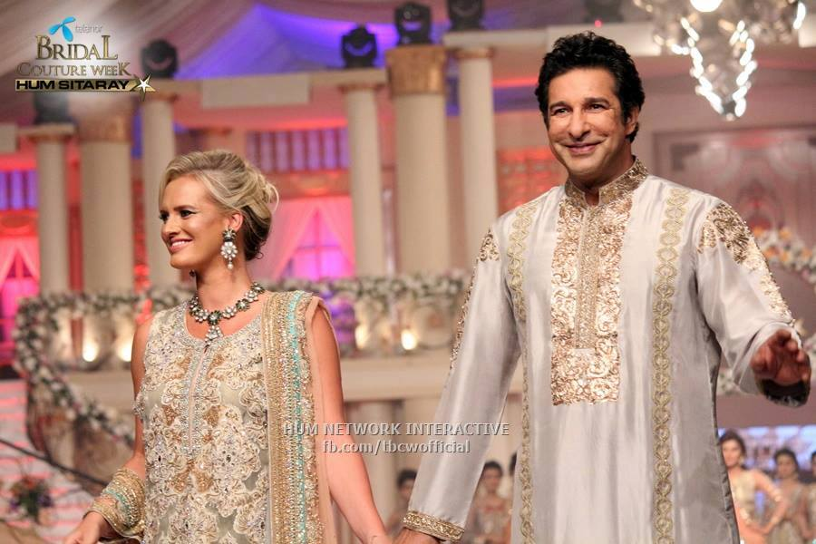 Wasim Akram And Shaneira Walk On Ramp Of Bcw 2017