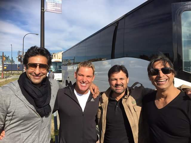 Wasim Akram, Shoaib Akhtar, Moin khan and Shane Warne at LA