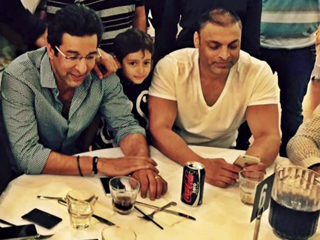 Wasim Akram and Shoaib Akhtar pictured at a local restaurant in Australia
