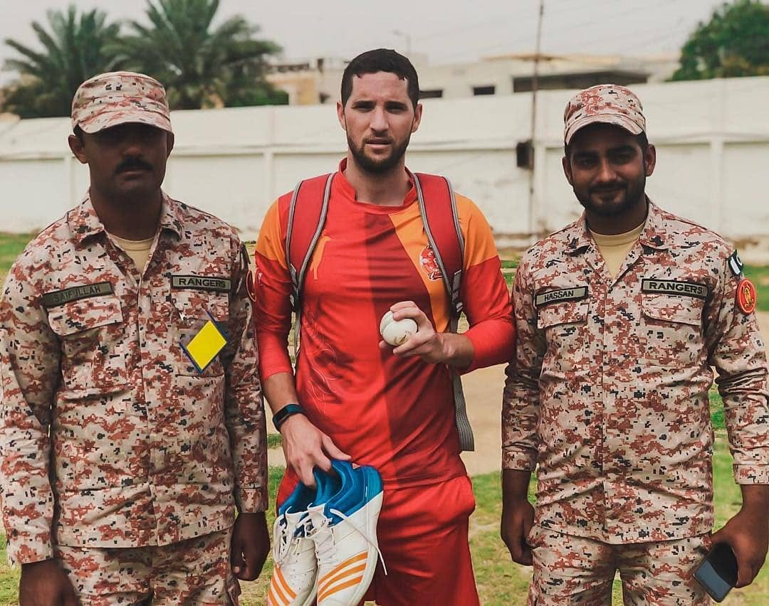 Wayne Parnell With Sindh Rangers Soldiers