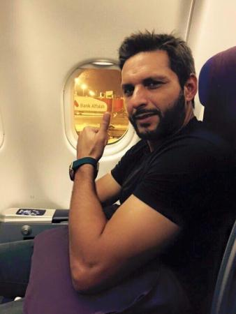 Shahid Afridi Leaving for Bangladesh for T20 Series