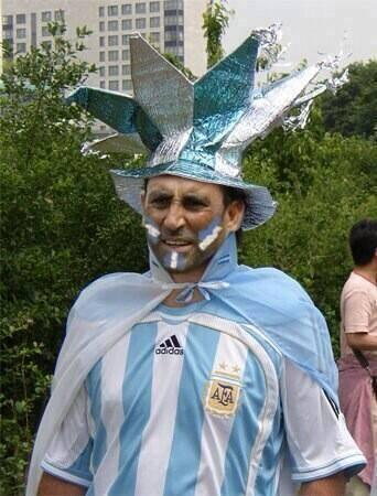 Younis Khan Funny Getup supporting Argentina