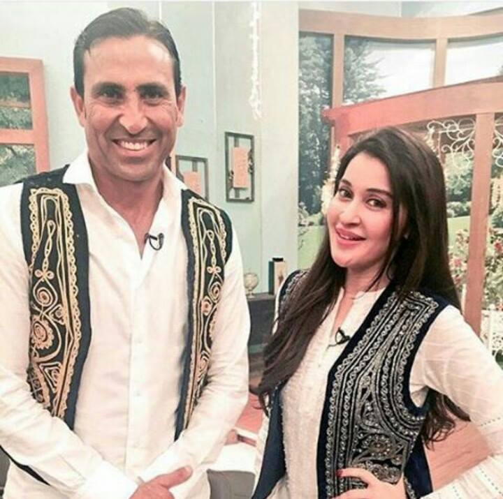 Younis khan was invited in shaista lodhi s morning show 10720 jpg