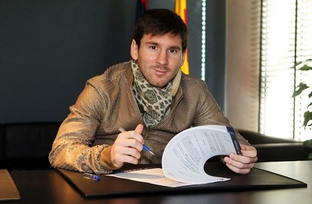 Lionel Messi Finally Signed His New Contract