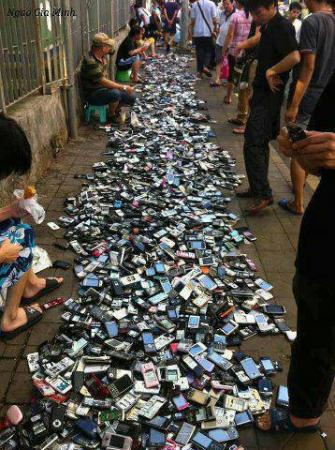 Mobile Phones on Sale.... only in China