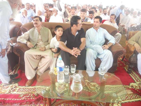 Pakistani Cricketer Junaid Khan With Talat Hussain At Swabi