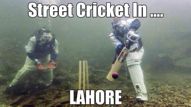 Street Cricket In Lahore