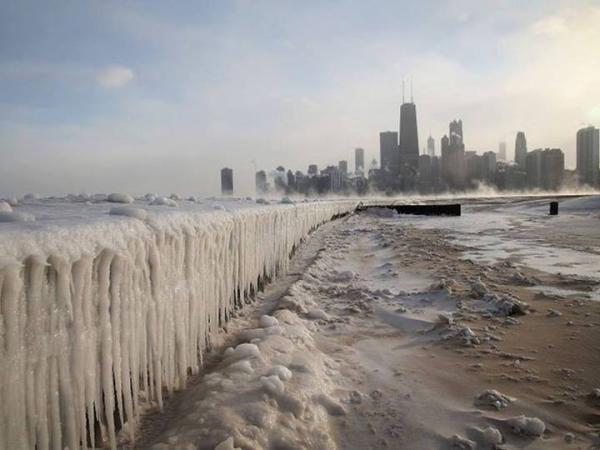 Frozen Lake Michigan Chicago