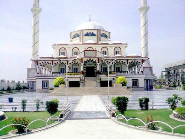 A Beautfil Masjid in JATOI Muzaffar garh, Punjab