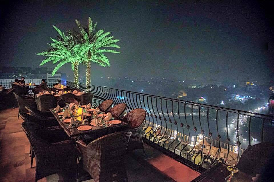 Monal Restaurant, Liberty Parking Plaza, Lahore