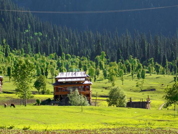Neelum Valley (Pakistan)