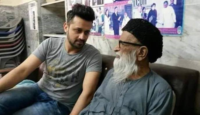 Atif Aslam visited Edhi center to meet with symbol of humanity Edhi Sahab