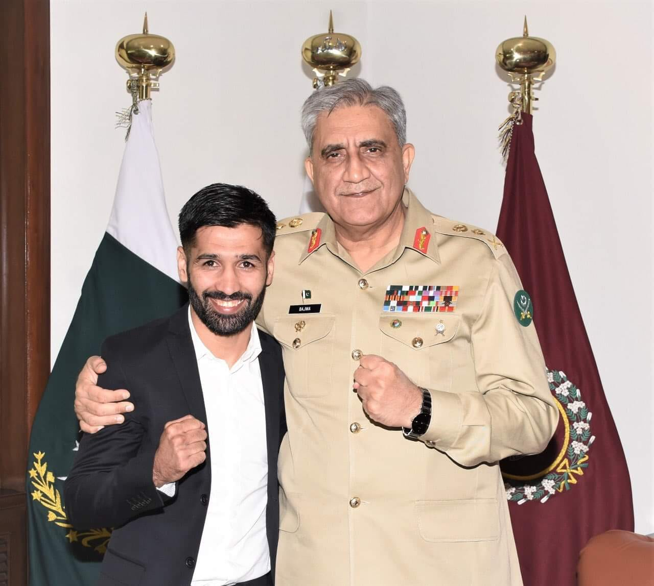 COAS Met Boxer Muhammad Waseem And Congratulated Him For The Recent Achievement