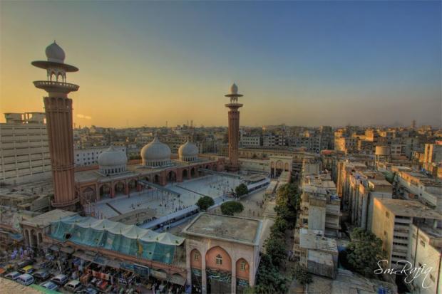 Memon Masjid, Karachi