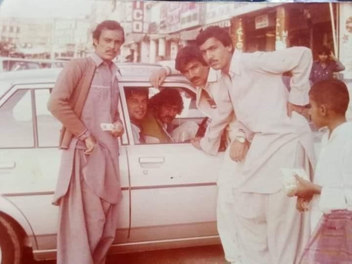 Memorable Photo Of PM Imran Khan In 1983 At Lahore