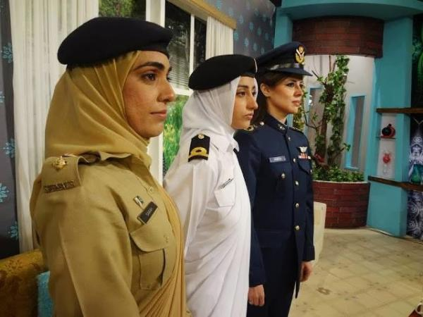 Pakistan's Soldiers 19th most smartly-dressed female Army
