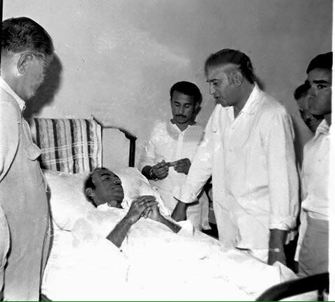 Rare Photo - Qaim Ali Shah with Zulfiqar Ali Bhutto