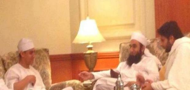 Amir Khan & Shahid Afridi with Molana Tariq Jameel